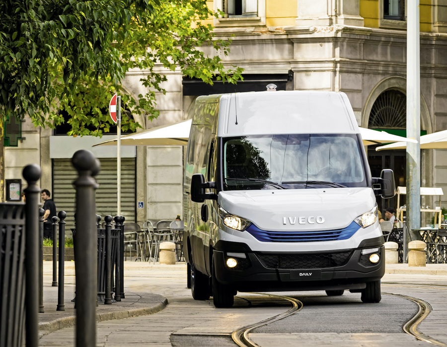 IVECO_DailyBluePower08