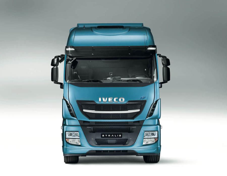 iveco-new-stralis-np-design_28019732510_o