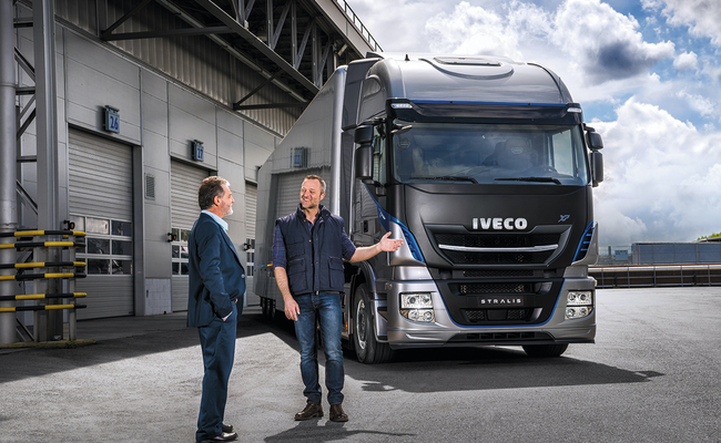 iveco-new-stralis-xp-delivering_27818426006_o
