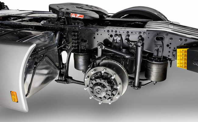 iveco-new-stralis-xp-wheel_27852929075_o